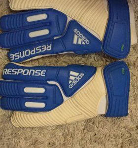 Вратарские перчатки adidas Response PRO