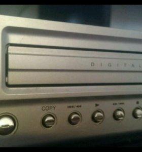 Видео двойка Dvd+ Vhs(6HD Hi-fi) Модель DC 475 LG