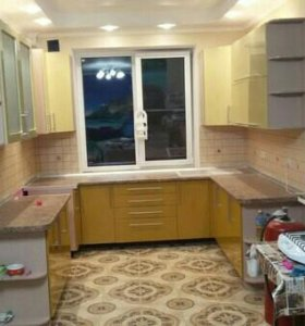 Кухонный гарнитур от производителя.