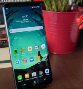 Продам Samsung s8+