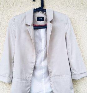 Пиджак женской