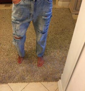 Крутые джинсы бойфренды Dolce Gabbana
