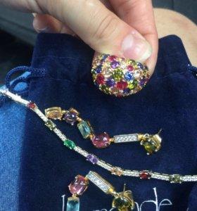 Серьги,комплекты из ювелирных драгоценностей