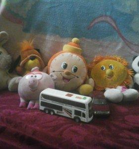 Мягкие игрушки.
