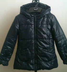 Куртка Benetton. 110рр. Осень\весна\холодное лето.