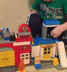 Конструктор типа Лего полицейский участок