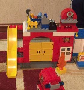 Лего пожарная часть дупло