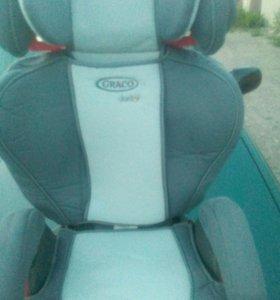 Детское авто кресло graco junior