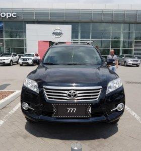 Продаю Toyota Rav4