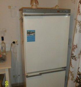 Холодильник МИР