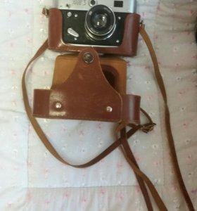 Два фотоаппарата. Срочно!