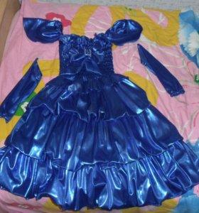 Платье нарядное детское с рукавами