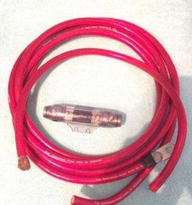 Силовой кабель и колба с предохранителем.