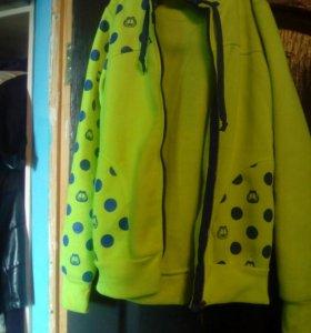 Куртки,пуховик и кофта