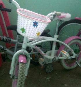 Детский велосипед для девочки, возраст 3-6 лет