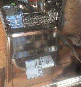 посудомоечная машина Indesit DIF 14.