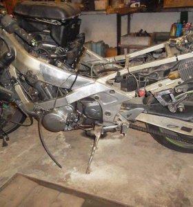 Kawasaki zzr400-1
