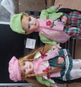 кукла коллекционная мальчик с девочкой на скамейке 35см