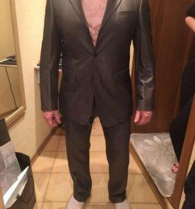 Продам костюм Pallo Poverri