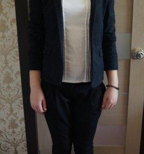 Костюм(пиджак, блузка, брюки)