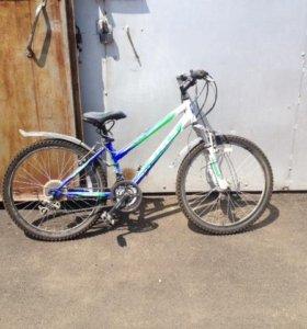 Продаю подростковый велосипед Stels Navigator 400