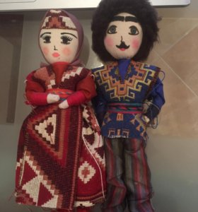 Кукла в армянском наряде 1980год