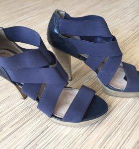 Туфли Carnaby размер 38