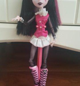Кукла Monster High, Дракулаура