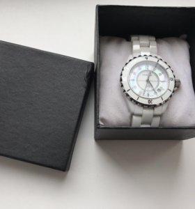 Новые наручные часы CHANEL J12