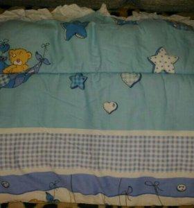 Мягкий бортик в детскую кроватку