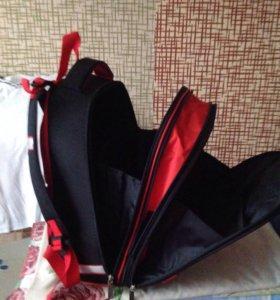 Школьный рюкзак (новый)
