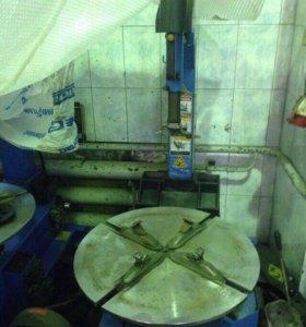 Шиномонтажное и моечное оборудование