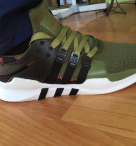 Новые кроссовки от Adidas