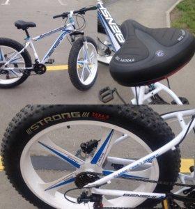 Продам  велосипед фэтбайк на литых дисках