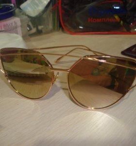 очки новые зеркало