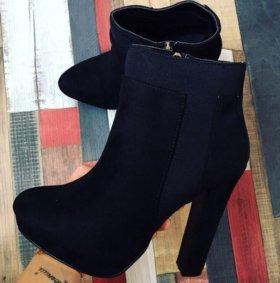 Ботинки женcкие новые