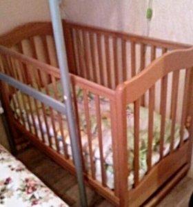Кроватка детская. С матрасом.