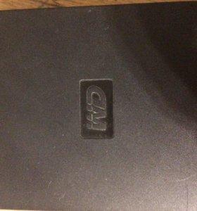 Внешние жесткие диски WD на 1тб и 700гб