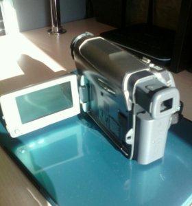 Видеокамера JVC GR-760.