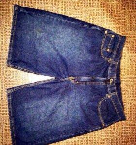 Шорты джинсовые Levi's,размер:L
