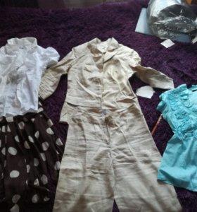 Вещи пакетом ,женский костюм GLANCE+3 блузки