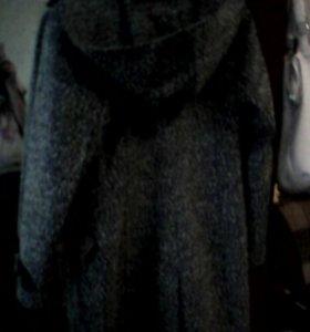 Женское пальто46размер.обмен на 42размер.