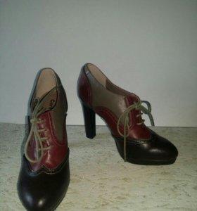Ботинки 38.5