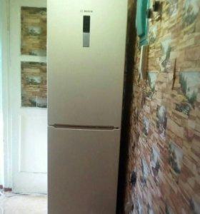 Холодильник Bosch KGN39VK15R