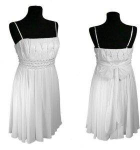Платье р. 46 белое