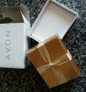 Подарочная коробочка,9 см.