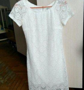 Белое платье 44-46