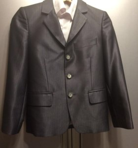 Костюм (пиджак, брюки, рубашка, туфли)