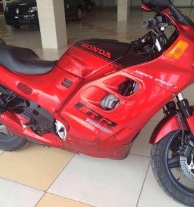 Honda CBR 1000F,без пробега по рф