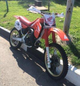Honda cr125r